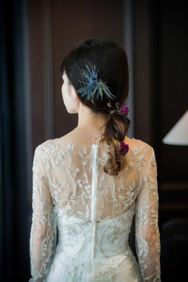 ラグジュアリー感あふれるKENNETH POOL(ケネスプール)のドレスで大人なブライズスタイルを