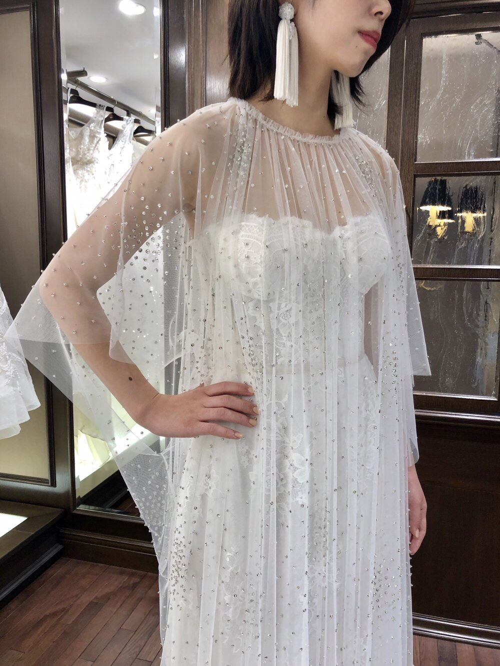 NAEEM KHAN(ナイ-ム・カーン)の新作ドレスで自分だけのブライズスタイルを(JUNO恵比寿店)
