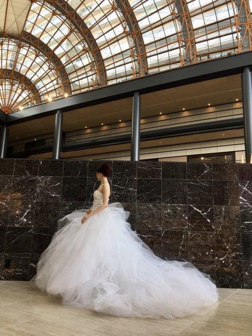 上質なホテルウェディングにおすすめ!MARCHESA(マルケーザ)のドレスで一目置かれる花嫁に 【JUNOシーホーク店】