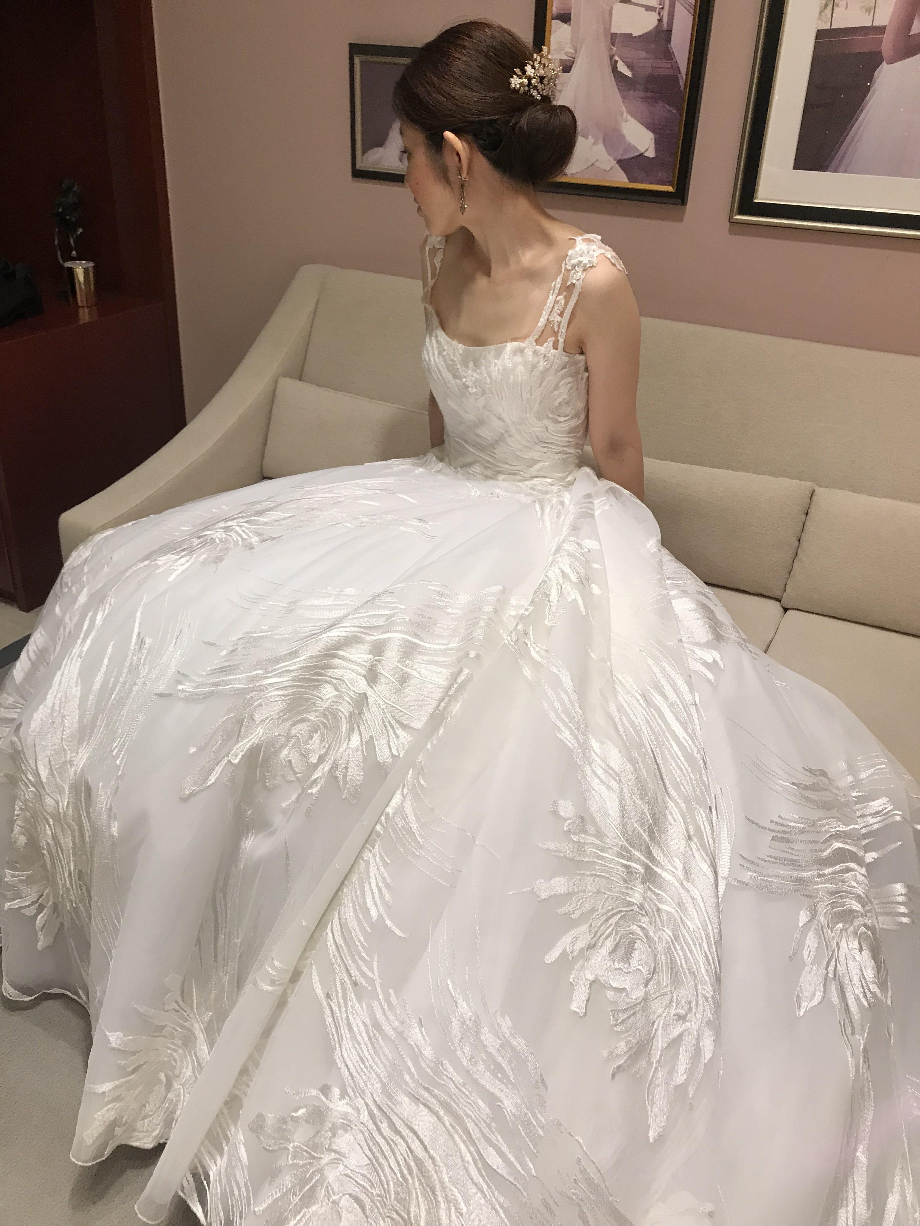 個性を出したい!花嫁様へのおすすめドレス-INES DI SANTO-【JR九州ステーションホテル小倉店】