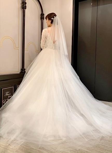 KENNETHPOOL(ケネスプール)のウエディングドレスを特別な日に