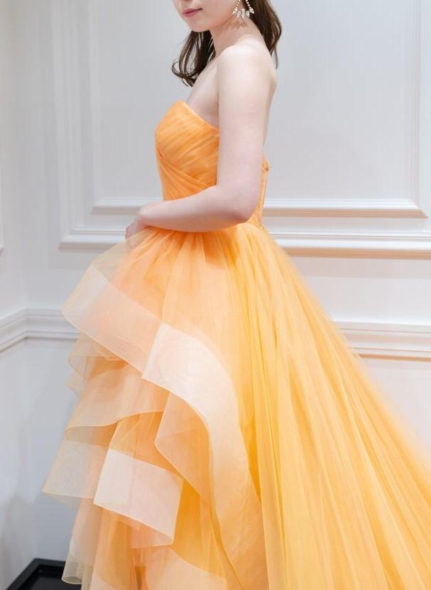 JUNOオリジナルミモレ丈ドレスで叶える お洒落なナチュラルウェディング