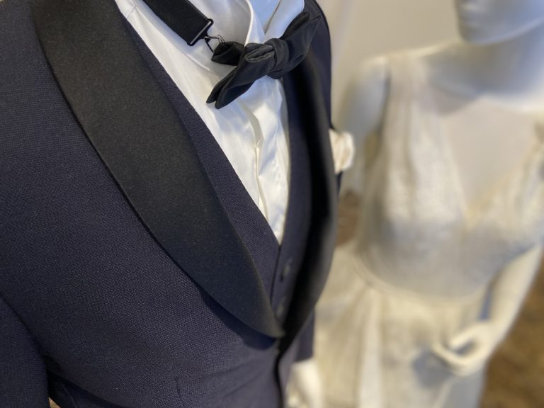 Tuxedo(タキシード)のスタイリング