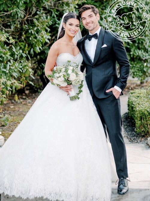 JUNO wedding dress bride bridal color Antonio Riva VERA WANG TREAT ジュノ ドレス ウエディング ウェディング カラードレス アントニオ リーヴァ ヴェラ INES DI SANTO イネス ディ サント