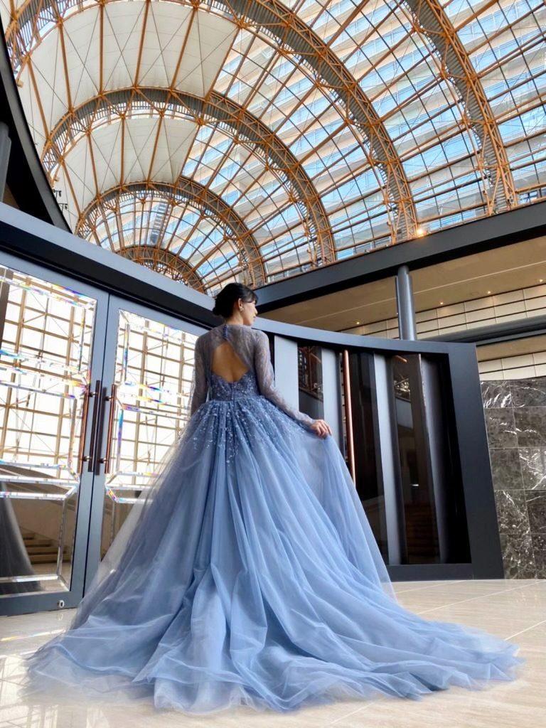 KENNETH POOL(ケネス・プール)のモダンクラシックなカラードレス