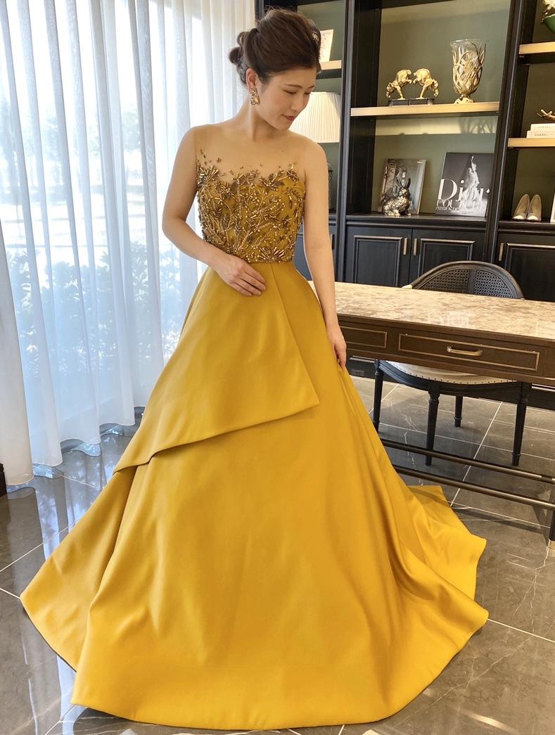 KENNETH POOL(ケネスプール)のカラードレスで叶える 上質なヴィンテージモダンスタイル