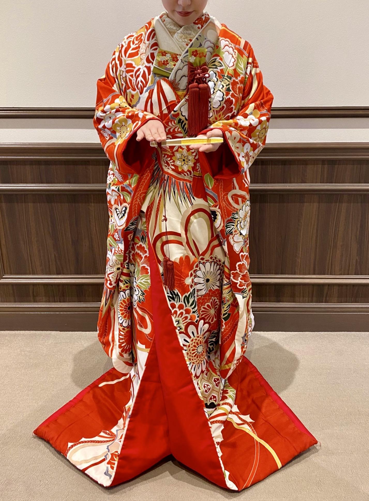 日本の伝統美 色打掛で迎える特別な一日