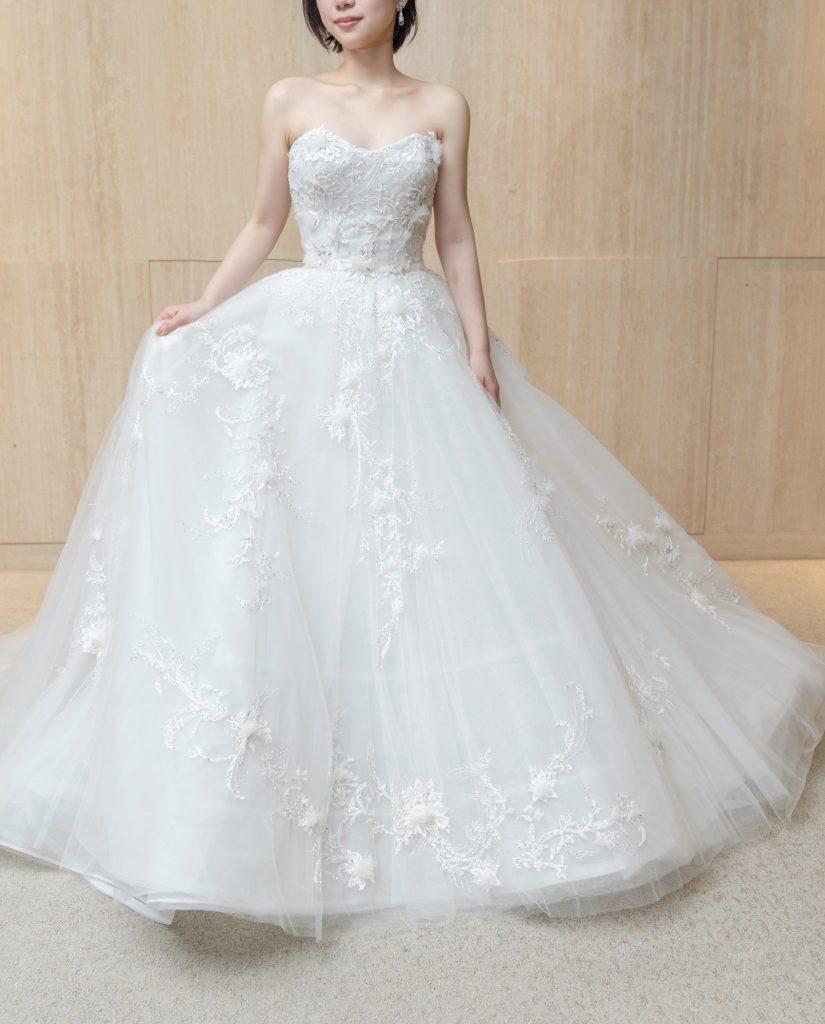 ショートカットの花嫁様におすすめ MARCHESA(マルケーザ)のウエディングドレス