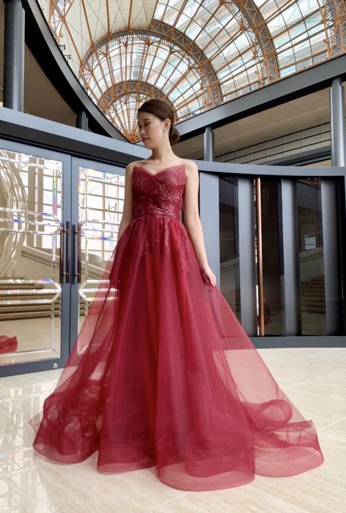Leaf for brides(リーフフォーブライズ) 大人のRedドレスのご紹介