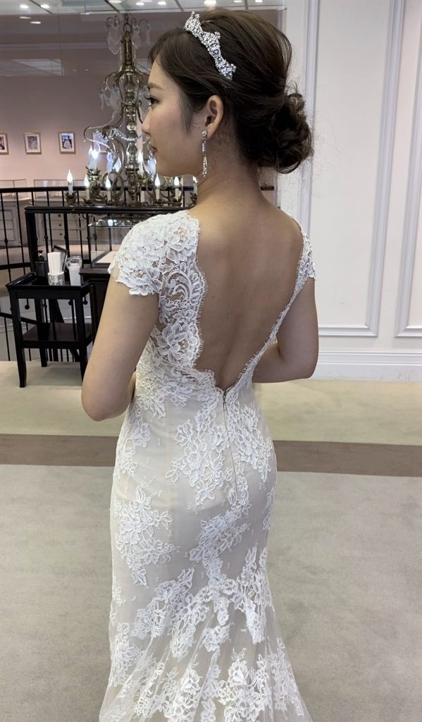 ゲストを魅了するこだわり溢れたINES DI SANTO(イネス・ディ・サント)のマーメイドドレス