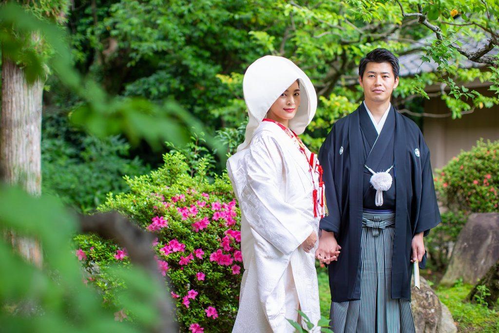 新緑深まる広大な境内が印象的~福岡縣護国神社での挙式~