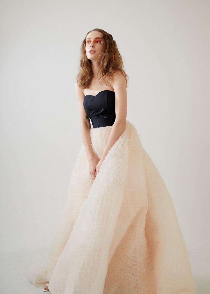 SPUR.JP ドレス 掲載のお知らせーニュアンスカラードレスをお探しの花嫁様へー